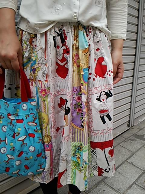 ローラライのスカート