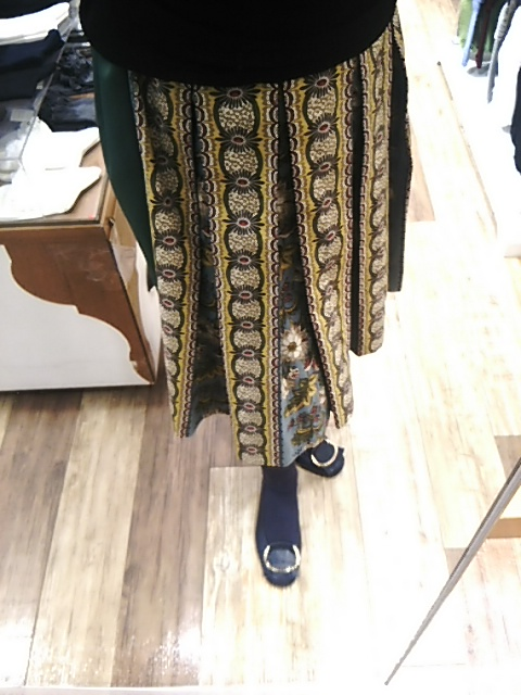新しいスカート